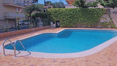 Photo for Apartment T2 - 4 people - Pool residence - Near center and beach - Sainte-Maxime