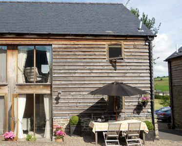 Photo for Luxury Barn nr. Michelin star pub and lake. Ideal Base for Hay, Ludlow,Hereford