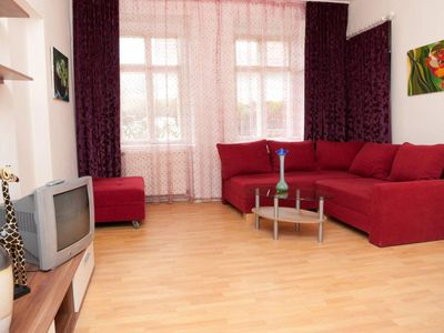 Photo for Raisa Bright friendly 3-room apartment with garden entrance
