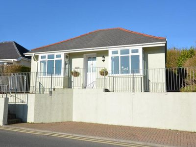 Photo for Detached home with a beautiful garden, at just 15 min by foot from the beach