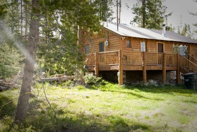 The Happy Cabin, nicely nestled in the wild woods