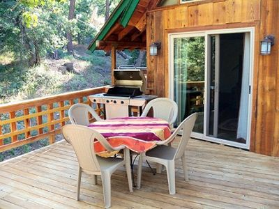 Deck with BBQ and dining
