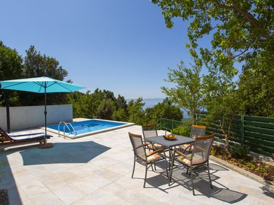 Photo for Cottage with pool and sea view