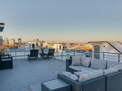 Photo for A1) NEW LUXURY Hotspot DOWNTOWN w/ Rooftop Patio