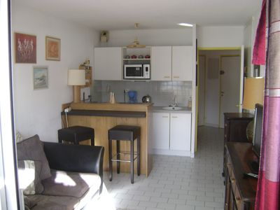 Photo for 2 ROOMS + CABIN- SWIMMING POOL- TERASSE SUD- BEAUTIFUL VIEW ON THE LAKE, WIFI, PROXIMITY GOLF
