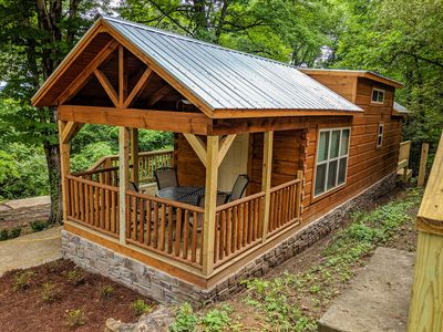 Photo for Sophie Cabin - Ft. of Lookout Mountain, National Forest - City-Side