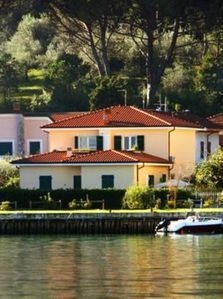 Photo for Bocca Di Magra: apartment in a villa suitable for families