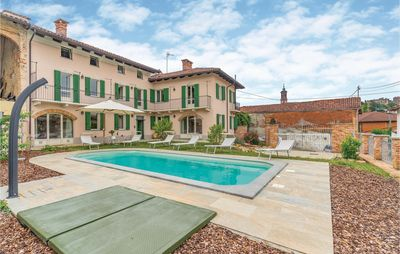 Photo for 4 bedroom accommodation in Passerano (AT)