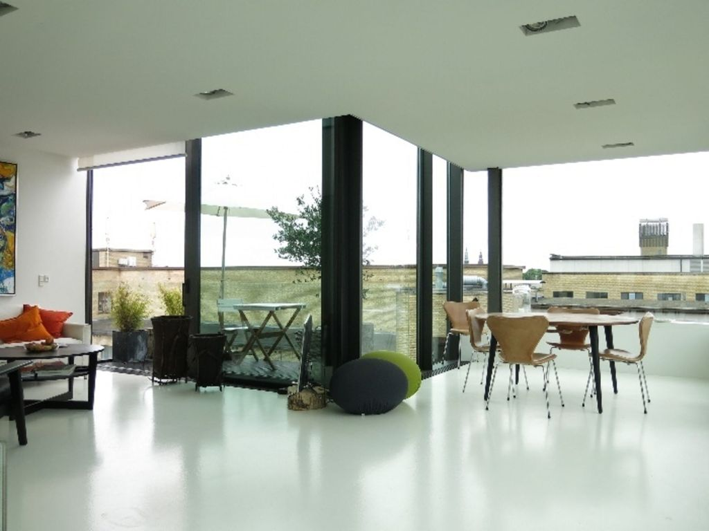 Appartement over de hele indre by personen