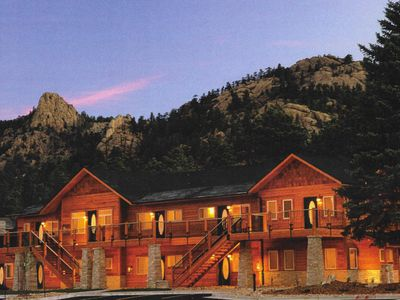 Photo for Welcome to Your Vacation in Estes Park, Brand-New, 2 Bed 2 Bath Near RMNP