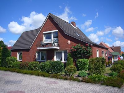 Photo for Holiday home Borkum - Garden m. BBQ area - very quiet location - play equipment f. Kids