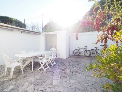 Photo for Comfortable villa, air-conditioned, residence with Pool