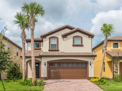 Photo for Minutes To Disney, Private Pool/Spa, Game Room, Free Amenities, Free WIFI!
