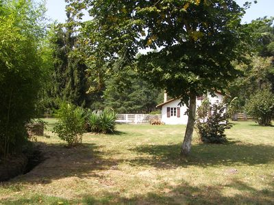 Photo for Rustic house with swimming pool in the heart of the Landes countryside