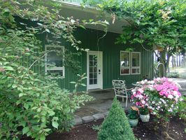 Photo for 1BR Guest House Vacation Rental in Canby, Oregon