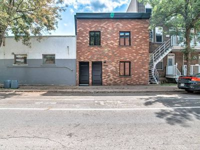 Photo for 3 bedroom Townhouse near Downtown