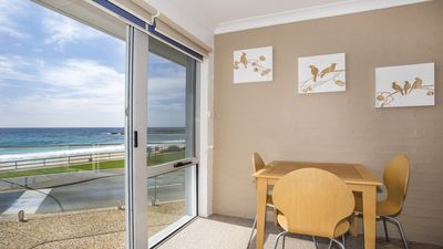 Photo for Mariners 4 - 4/1 Golf Ave - WIFI & Air Con