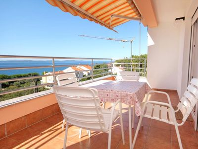 Photo for One bedroom apartment with terrace and sea view Kožino (Zadar)