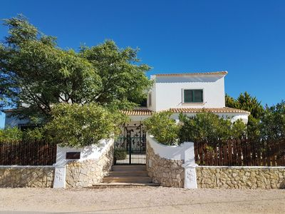 Photo for Casa Camaleao in a quiet location in the Valley of Olives with garden and pool