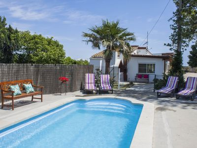 Photo for Holiday accommodation with pool in the delta del Ebro
