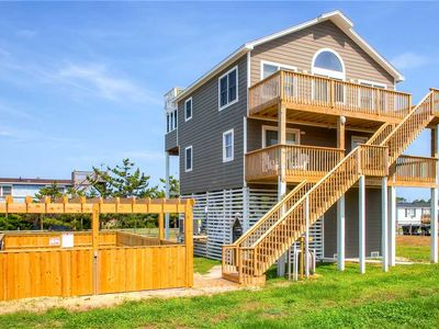 Semi-Oceanfront Home w/ Pool, Hot Tub, Sound Views & Walking distance to Beach!