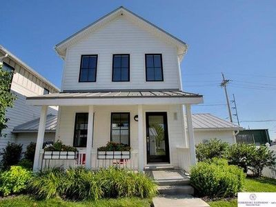 Photo for Gorgeous, Quiet, Clean 3BR Downtown Home Near Old Market, Durham, Zoo, Ballpark