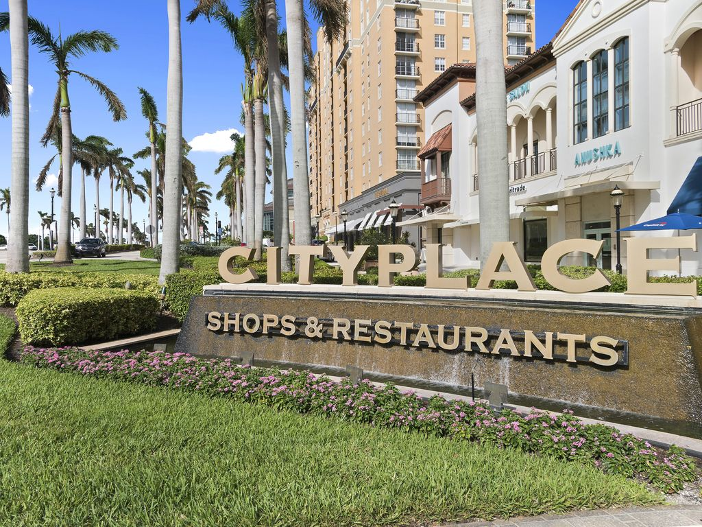 Downtown West Palm Beach Cityplace Luxury 2br 2ba