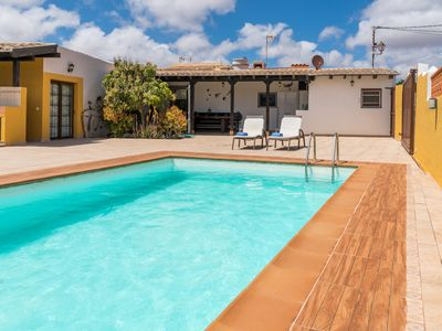 Photo for Amazing Big Villa with pool in Fuerteventura