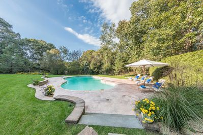 Property backs up to a 33 acre reserve for the ultimate  privacy.