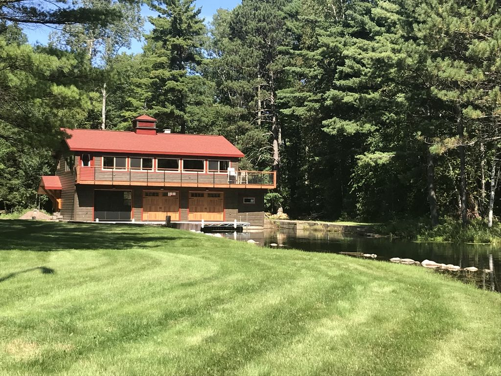 beautiful location on little star lake and the 10 lake manitowish rh vrbo com