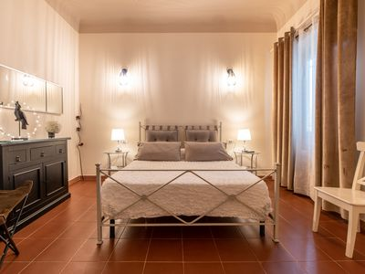 Photo for Dante Experience Apartment Florence city center