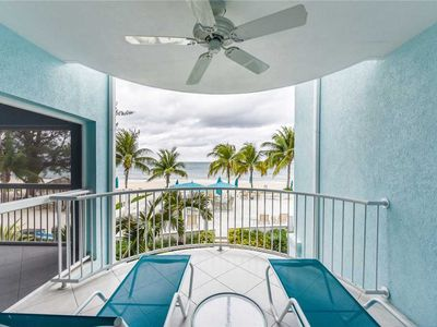Photo for A true Grand Cayman escape | Beachfront Condo #10