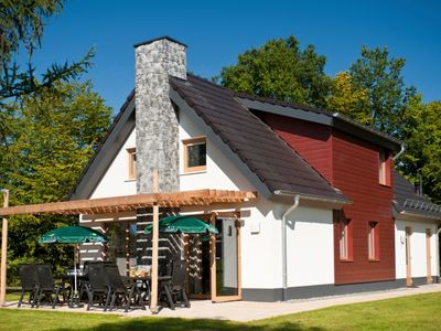 Photo for Luxury 12-person bungalow in the holiday park Landal Hochwald - in the mountains/rolling countryside