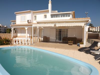 Photo for V5 with pool, 800m from the beach - Albufeira