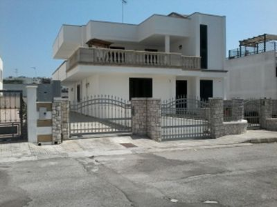 Photo for HOUSE WITH SEA VIEW IN THE SPLENDID CASTRO MARINA