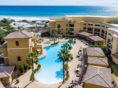 Photo for Gulf view condo at beachfront resort w/ pools, hot tubs, gym & virtual golf!