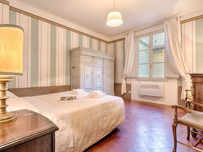 Photo for Apartment Decor Goldoni in Florence