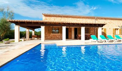 Photo for Villa Sa Vinya: The house has 4 bedrooms, a private pool and a wound