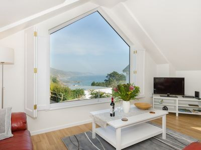 Photo for Stunning apartment with beautiful sea views.