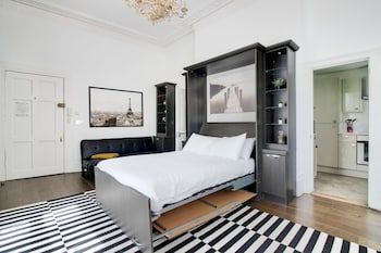 Photo for Large Studio Apartment  Central London
