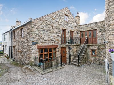 Photo for 4 bedroom accommodation in Alston