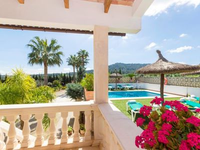 Photo for 4 bedroom Villa, sleeps 8 with Pool and FREE WiFi