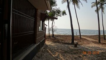 Beach Resorts In Maravanthe