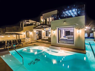 Photo for 5 bedroom Villa, sleeps 10 in Playa Blanca with Pool, Air Con and WiFi