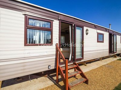 Photo for Dog friendly 6 berth static caravan by the beach in Hunstanton Norfolk ref 13008