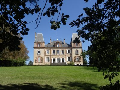 Photo for Midi-Pyrénées, beautiful castle with 20 bedrooms, swimming pool, tennis and park