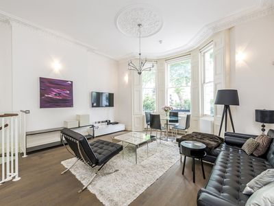 Photo for Bright, Spacious Victorian Flat in South Kensington