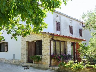 Photo for holiday home, Liznjan  in Südküste Istrien - 6 persons, 3 bedrooms