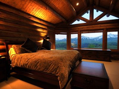 Photo for 10 minutes to Telluride with Private Hot Tub! Spacious, Serene and Scenic, Free Wifi, 2 Kings Beds