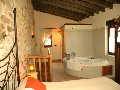 Photo for Rural apartment La Quinta del Chocolatero for 2 people